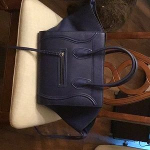 Celine bag looks like new in excellent condition